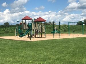 picture of new playground equipment at Vennehjem